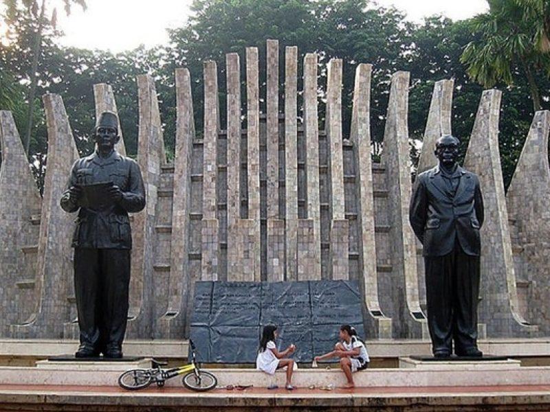 monumen-proklamasi